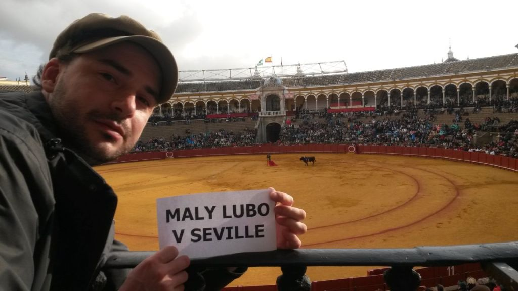2016_05-Robo-Corrida-Sevilla-Spain
